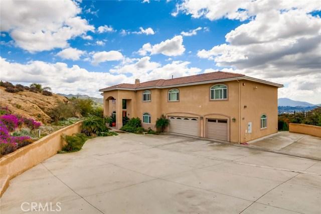 8167 Sterling Drive, El Cajon, CA 92021