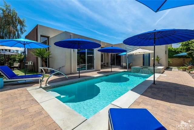 4333 Vivant Way, Palm Springs, CA 92262