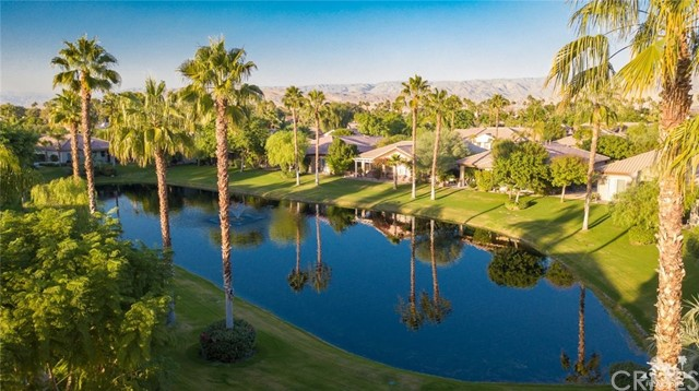 29 Racquet Club Drive, Rancho Mirage, CA 92270