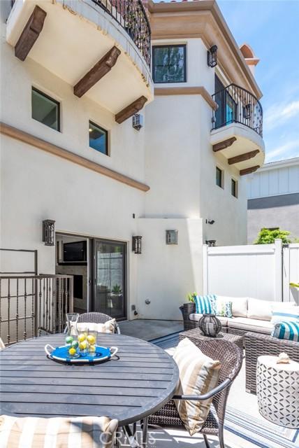 34. 526 N Elena Avenue #B Redondo Beach, CA 90277
