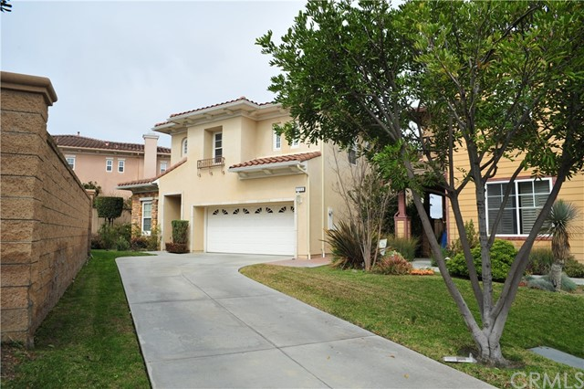 2381 stanley ave, Signal Hill, CA 90755
