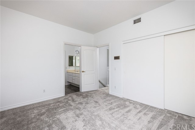 4th bedroom shares a full bathroom with double sinks, making it a JACK and JILL room.