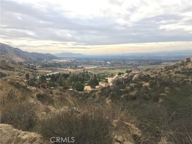 7 Stone Mountain Road, Colton, CA 92324