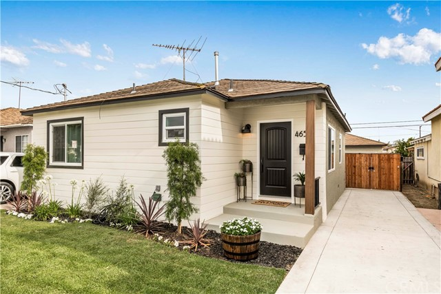 4652 133rd Street, Hawthorne, California 90250, 3 Bedrooms Bedrooms, ,2 BathroomsBathrooms,Single family residence,For Sale,133rd,SB19145177