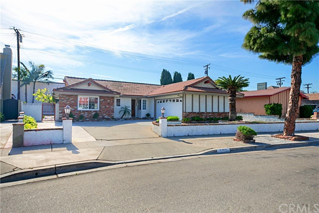 5912 Richmond Avenue, Garden Grove, CA 92845