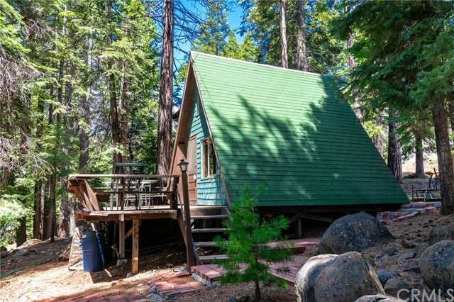 681 Peninsula Drive, Lake Almanor Peninsula, CA 96137