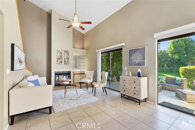203 Lakecrest Lane, Palm Desert, CA 92260