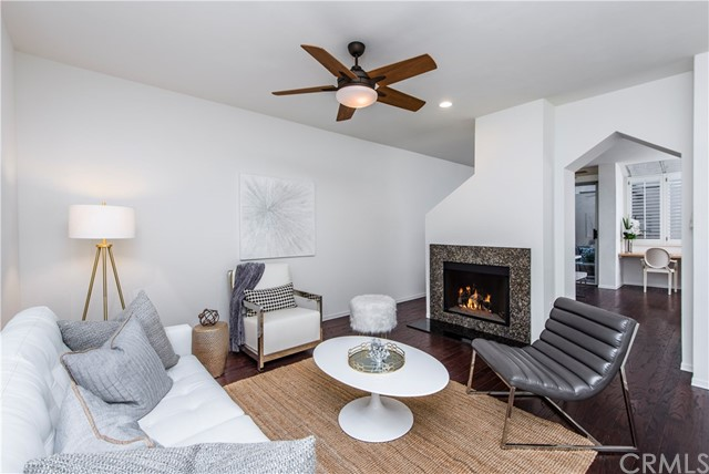 501 Herondo Street 40, Hermosa Beach, California 90254, 2 Bedrooms Bedrooms, ,3 BathroomsBathrooms,For Sale,Herondo,SB19093915