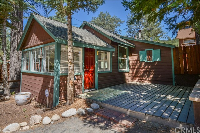 32940 Chipmunk Lane, Arrowbear, CA 92382