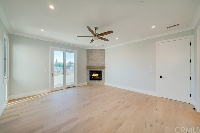 1920 Gates Ave, Redondo Beach, Los Angeles, California, United States 90278, 4 Bedrooms Bedrooms, ,4 BathroomsBathrooms,Townhouse,For Sale,Gates Ave,SB21054568