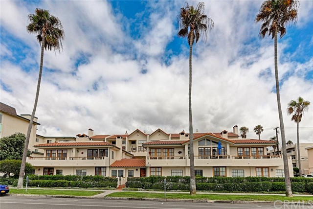 1110 Esplanade 2, Redondo Beach, California 90277, 3 Bedrooms Bedrooms, ,3 BathroomsBathrooms,For Sale,Esplanade,SB16702487