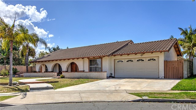 9984 Aster Circle, Fountain Valley, CA 92708