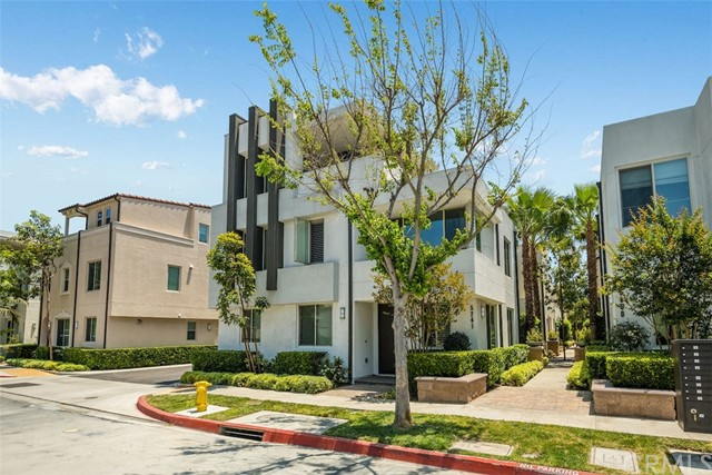 30. 5243 Pacific Terrace Hawthorne, CA 90250