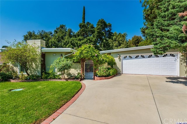 4469 Saint Francis Place, La Canada Flintridge, CA 91011