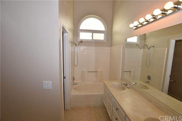 42030 Via Renate, Temecula, CA 92591 Photo 10