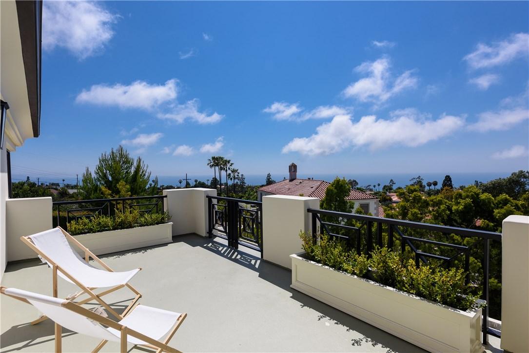 2228 Via Cerritos, Palos Verdes Estates, California 90274, 7 Bedrooms Bedrooms, ,6 BathroomsBathrooms,For Sale,Via Cerritos,SB19060195