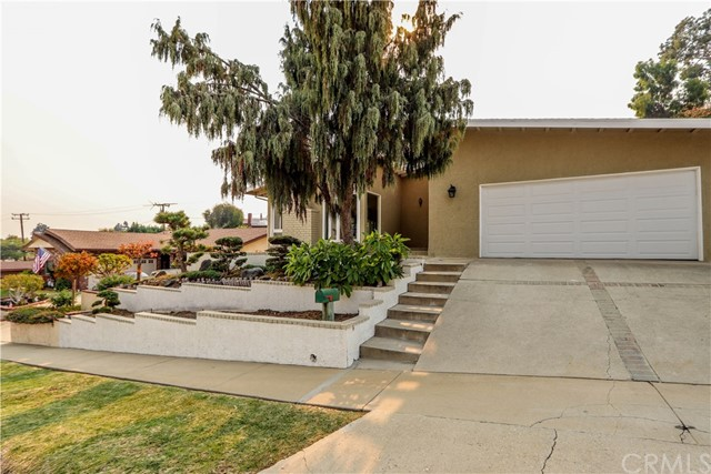 2044 Santa Rena Drive, Rancho Palos Verdes, California 90275, 3 Bedrooms Bedrooms, ,2 BathroomsBathrooms,For Sale,Santa Rena,OC20247104