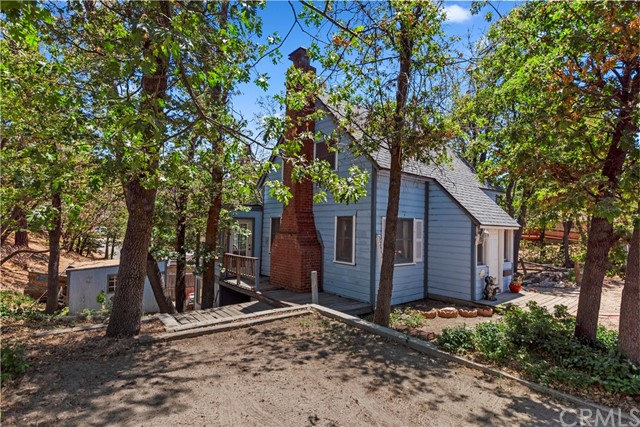 32955 Spruce Dr, Green Valley Lake, CA 92341 Photo