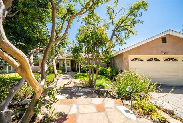 6. 3026 Stevens Street La Crescenta, CA 91214