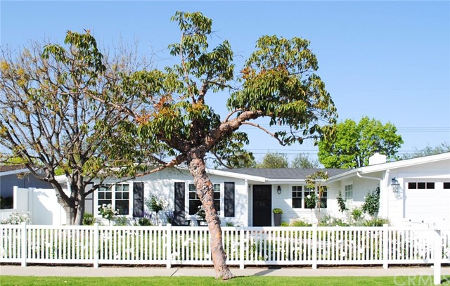 326 Walnut Street, Costa Mesa, CA 92627