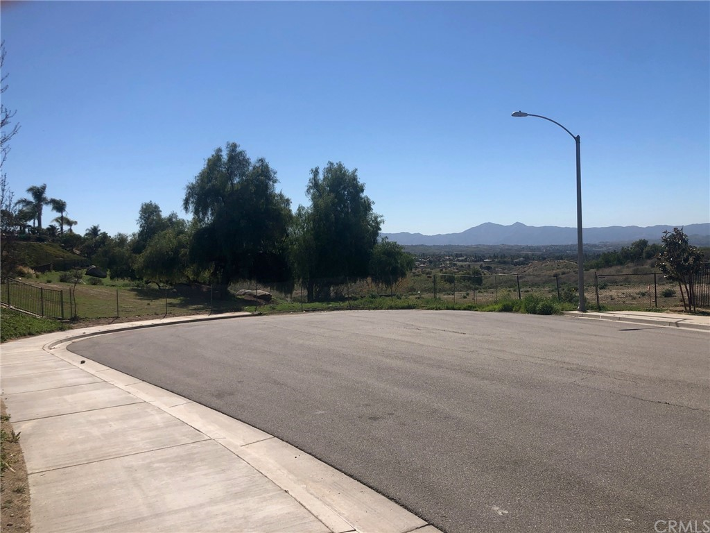 Photo of Cresthaven Drive, Riverside, CA 92506