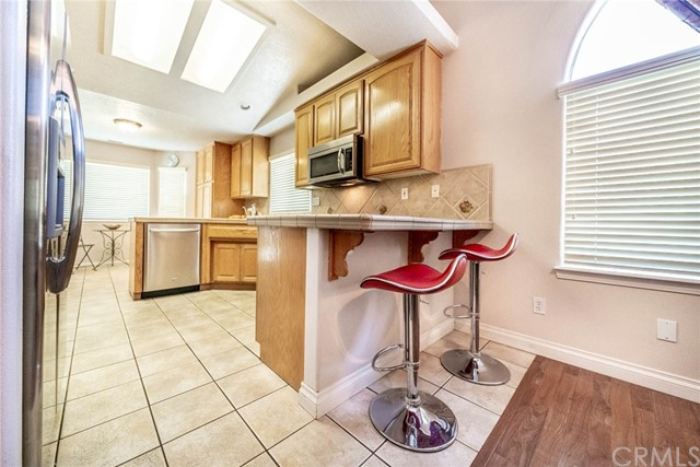 10788 Columbine Rd, Oak Hills, CA 92344 Photo 17