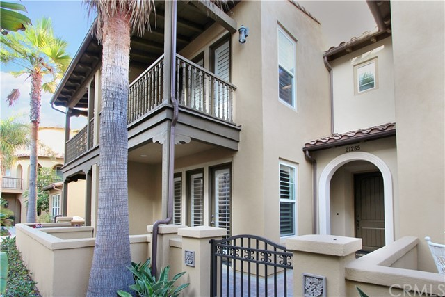 One of Huntington Beach 2 Bedroom Homes for Sale at 21265  Baeza Circle