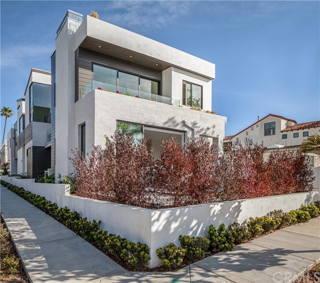418 Fernleaf Avenue, Corona del Mar, CA 92625