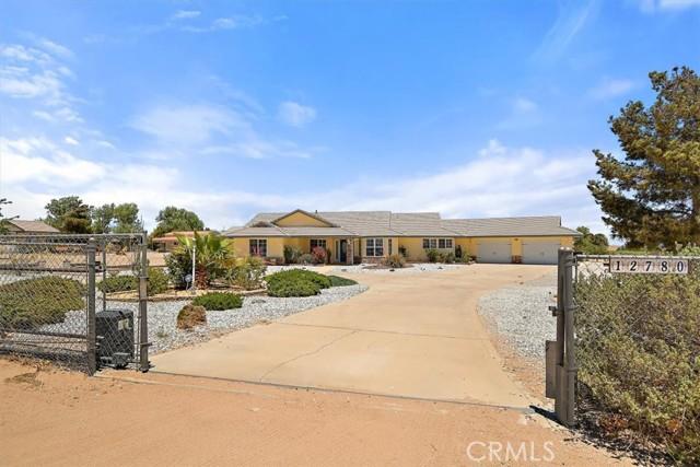 12780 Fir St, Oak Hills, CA 92344 Photo 3