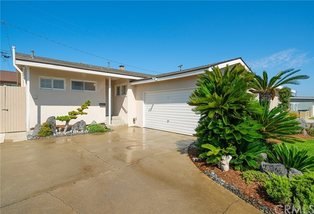 17111 S Raymond Place, Gardena, CA 90247