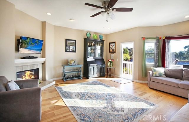 919 Vine Street, Oceanside, CA 92054