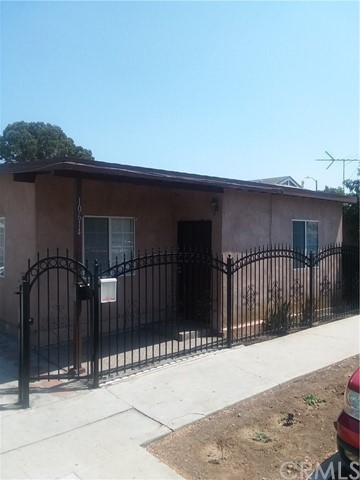 10614 S Hoover St, Los Angeles, CA 90044 Photo 2