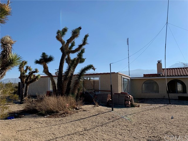 9561 Akron Rd, Lucerne Valley, CA 92356 Photo 1