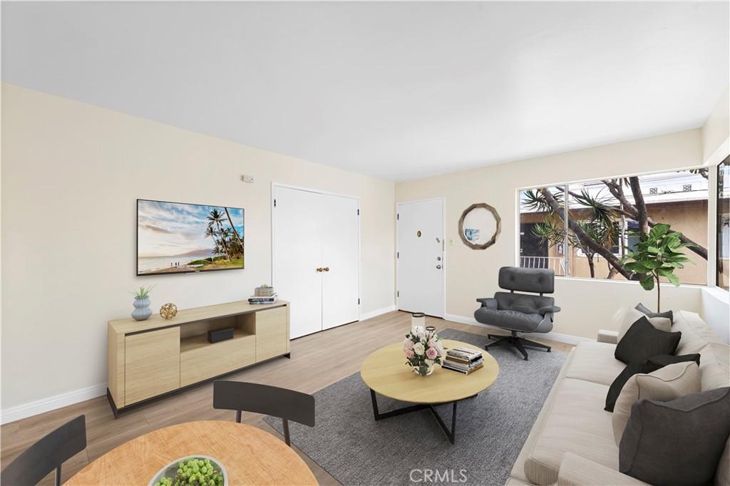 617     Cedar Avenue   12, Long Beach CA 90802