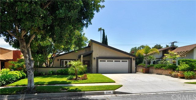 2144 Queensberry Road, Pasadena, CA 91104