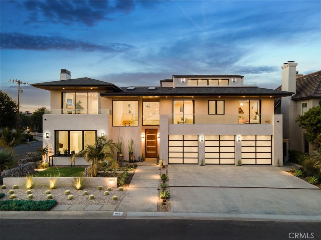 660     Kings Road, Newport Beach CA 92663
