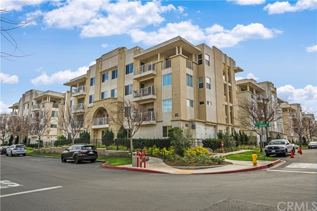 5450 Strand 302, Hawthorne, CA 90250