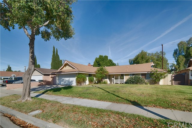 525 E Dunton Avenue, Orange, CA 92865