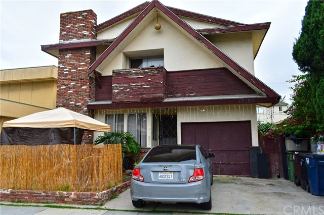 13106 Cordary Avenue, Hawthorne, CA 90250