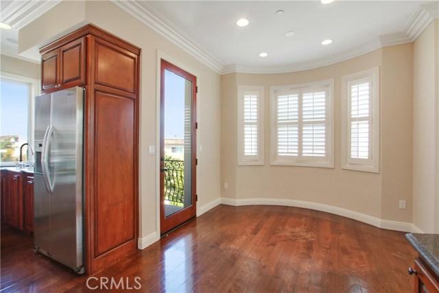 212 Lucia C, Redondo Beach, California 90277, 4 Bedrooms Bedrooms, ,2 BathroomsBathrooms,For Sale,Lucia,SB20235102