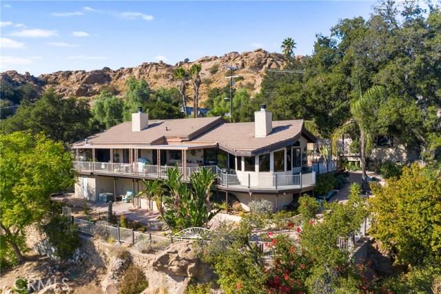 Photo of 23946 Oakmont Place, West Hills, CA 91304