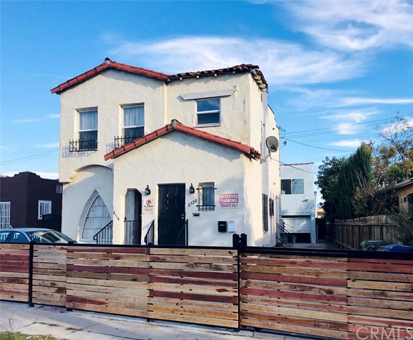 2518 S Harcourt Avenue, Los Angeles, CA 90016