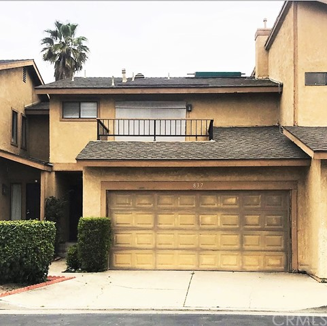 837 Elmwood Drive, Santa Ana, CA 92703