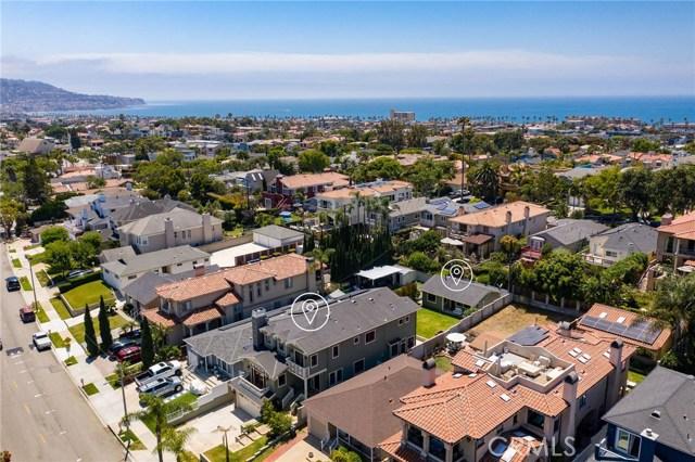 733 Juanita Avenue, Redondo Beach, California 90277, 5 Bedrooms Bedrooms, ,5 BathroomsBathrooms,For Sale,Juanita,SB20142133