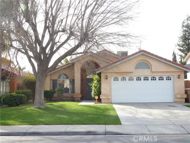 6205 Cartagena Avenue, Bakersfield, CA 93313