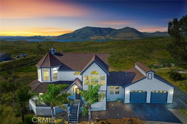 37887 Vista Lago Road, Temecula, CA 92596
