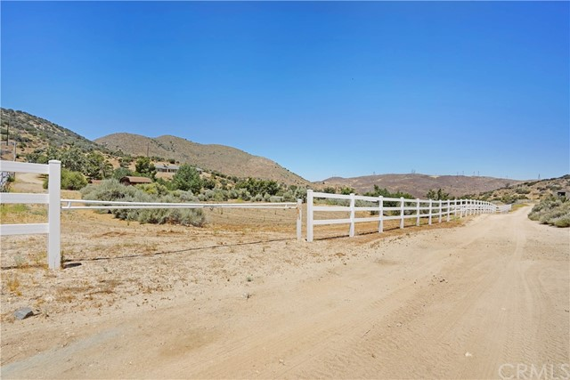 32912 Oracle Hill Rd, Acton, CA 93550 Photo 43