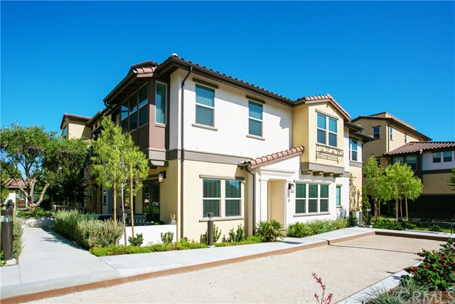 3860 W Kent Avenue 6, Santa Ana, CA 92704