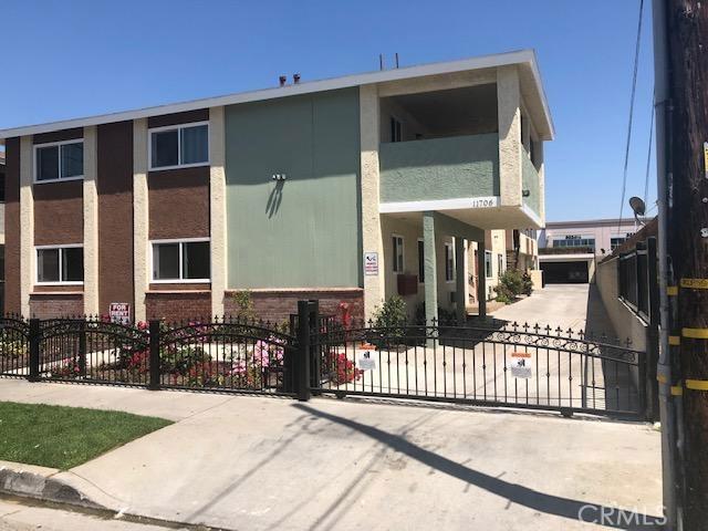 11706 Coldbrook Avenue, Downey, CA 90241