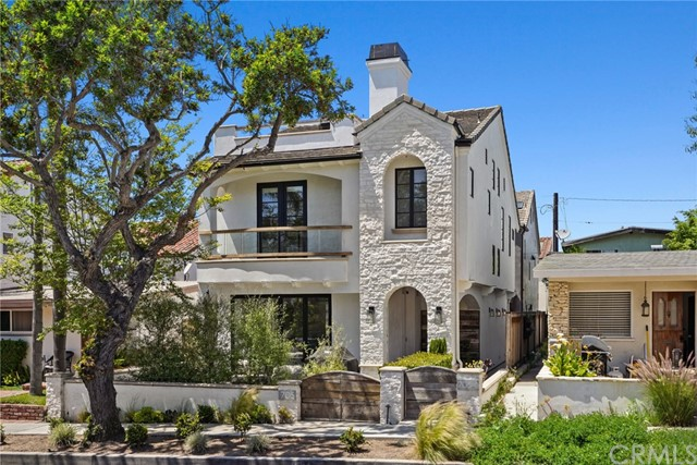 Photo of 705 Acacia Avenue, Corona del Mar, CA 92625